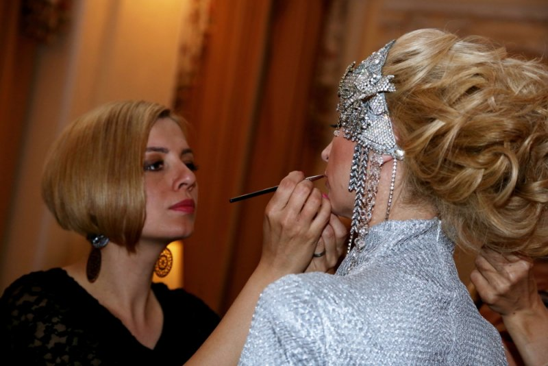 Svatebni Saty Roku 2014 Galerie Salon Ef